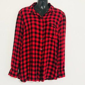 OLD NAVY red and black flannel shirt, size M